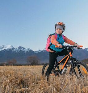 Otrok na kolesarski turi