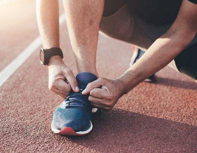 Par tekaških čevljev