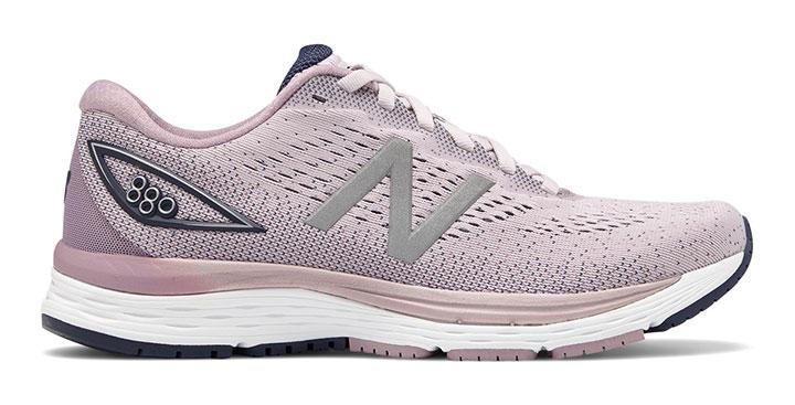 Ženski tekaški čevlji New Balance 880v9