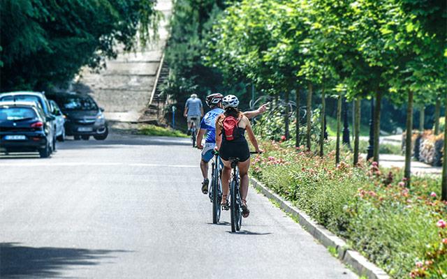 Spoštovanje cestno-prometnih predpisov na kolesu